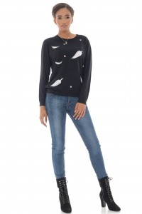A fine knitted jumper, Aimelia Br2431 in Black,with a leaf design.