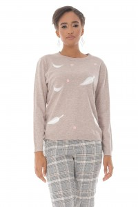 A fine knitted jumper, Aimelia Br2432 in Beige ,with a leaf design.