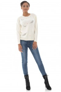 A fine knitted jumper, Aimelia Br2434 in Cream ,with a leaf design.