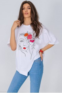 Asymmetric T-shirt, Aimelia Br2424, in White, with a statement print.
