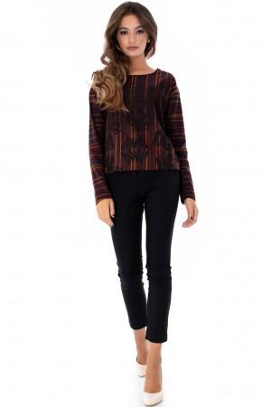 Ladies Chic round-neck printed top in warm tones - Aimelia