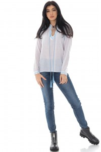 Casual cotton top with contrasting blue embroidery - Aimelia - BR2391