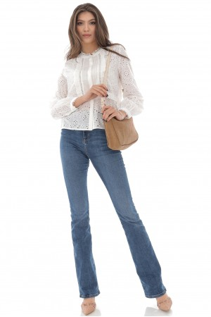 Delicate Cotton blouse, Aimelia Br2418,Off White,with a lace trim.
