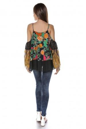 Bluza neagra cu imprimeu multicolor, ROH - BR2040